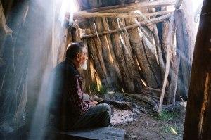 Faustino in hut